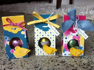 Stampin up easter treat egg crate scallop tag topper